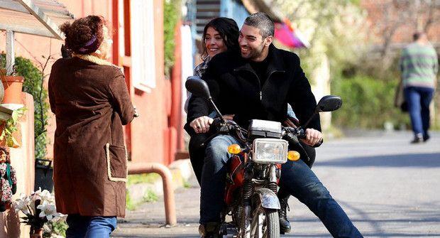 Венера 5 серия фото актеров на мотоцикле